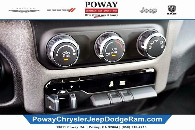 2019 Ram 1500 Crew Cab 4x2,  Pickup #C16895 - photo 31