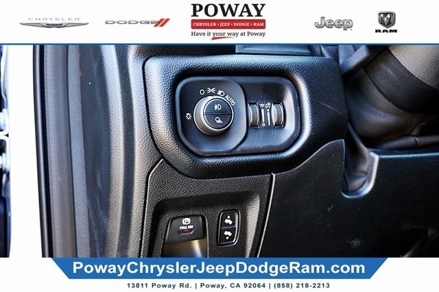 2019 Ram 1500 Crew Cab 4x2,  Pickup #C16955 - photo 29