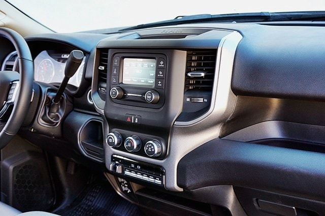 2019 Ram 5500 Regular Cab DRW 4x2, Royal Contractor Body #C17354 - photo 14