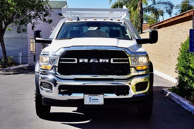2019 Ram 5500 Regular Cab DRW 4x2, Royal Contractor Body #C17354 - photo 5