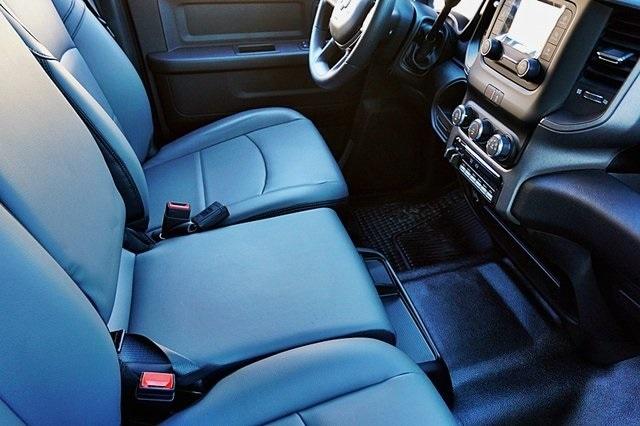 2019 Ram 5500 Crew Cab DRW 4x2, Cab Chassis #C17385 - photo 13