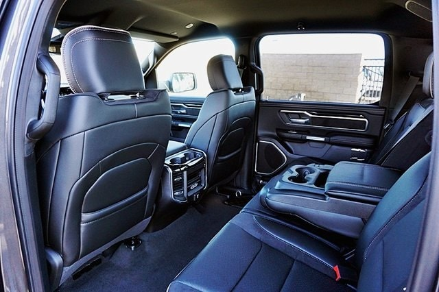 2020 Ram 1500 Crew Cab 4x2, Pickup #C17499 - photo 21