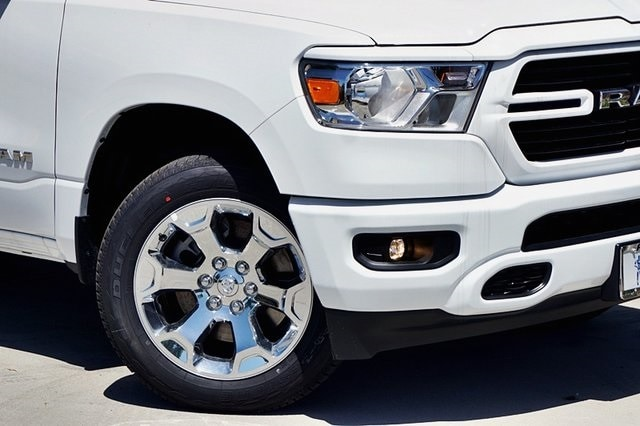 2020 Ram 1500 Crew Cab 4x2, Pickup #C17538 - photo 4