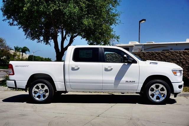2020 Ram 1500 Crew Cab 4x2, Pickup #C17538 - photo 6