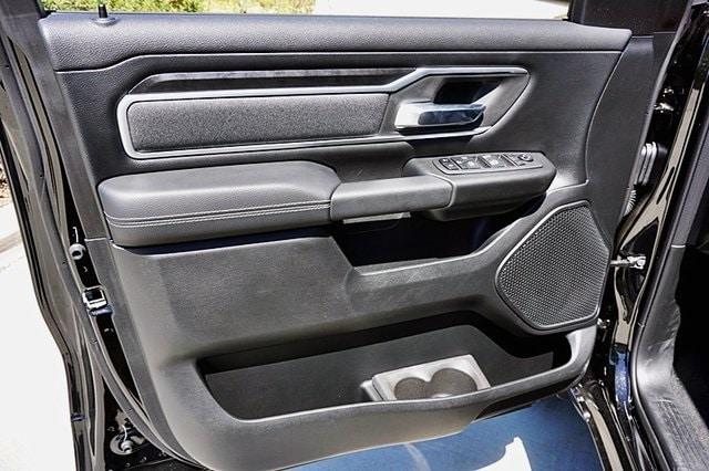 2020 Ram 1500 Crew Cab 4x2, Pickup #C17561 - photo 28