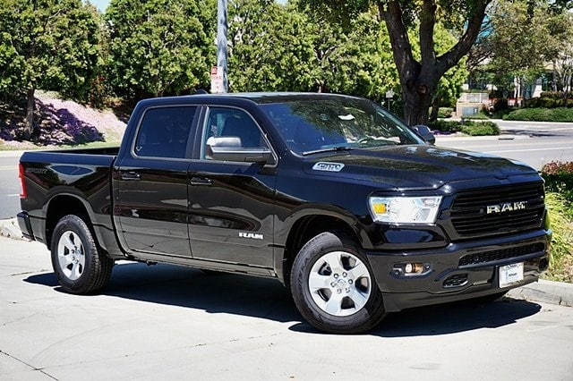 2020 Ram 1500 Crew Cab 4x2, Pickup #C17561 - photo 3