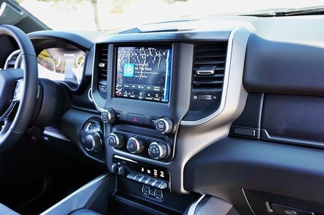 2020 Ram 1500 Crew Cab 4x2, Pickup #C17565 - photo 16