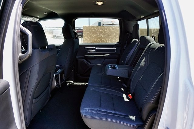 2020 Ram 1500 Crew Cab 4x2, Pickup #C17565 - photo 21
