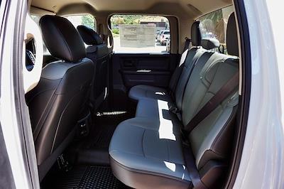 2020 Ram 3500 Crew Cab DRW 4x2, Cab Chassis #C17723 - photo 25