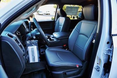 2020 Ram 5500 Crew Cab DRW 4x2, Cab Chassis #C17904 - photo 17