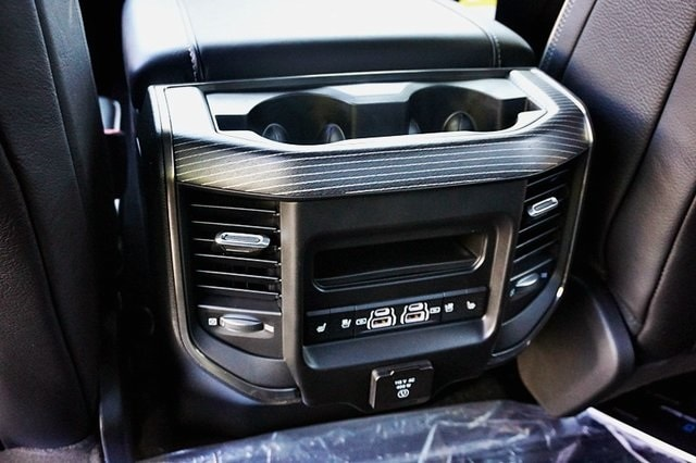 2021 Ram 1500 Crew Cab 4x4, Pickup #C17983 - photo 22