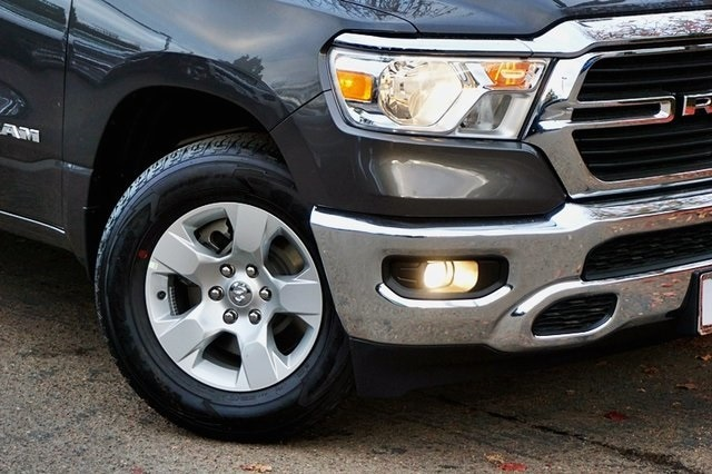2021 Ram 1500 Crew Cab 4x2, Pickup #C18028 - photo 4