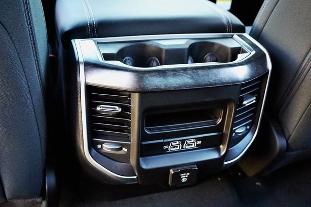 2021 Ram 1500 Crew Cab 4x2, Pickup #C18156 - photo 22