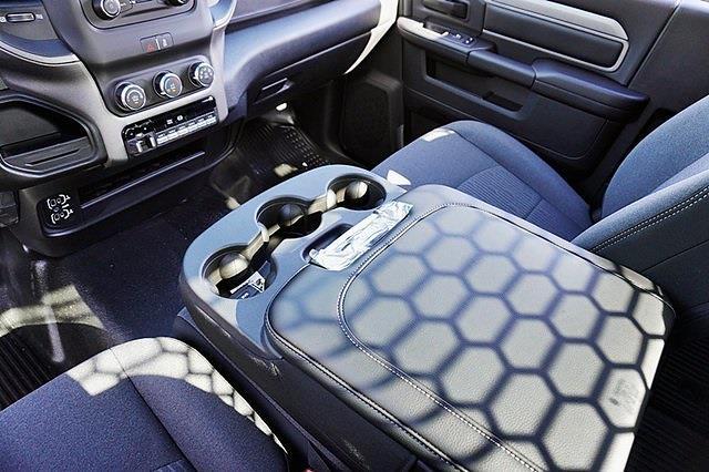 2021 Ram 3500 Regular Cab DRW 4x2, Knapheide Value-Master X Platform Body #C18403 - photo 26