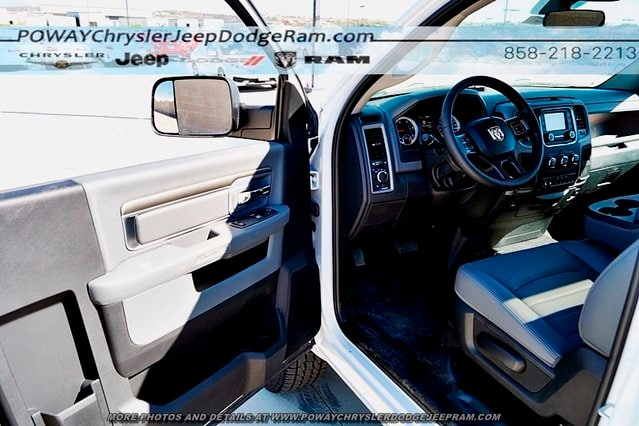 2017 Ram 3500 Regular Cab 4x2,  Cab Chassis #CX15605 - photo 33