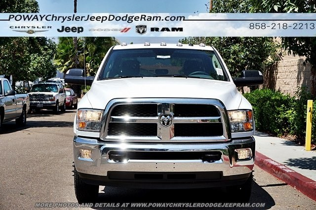 2018 Ram 3500 Crew Cab DRW 4x4,  Cab Chassis #CX16475 - photo 5