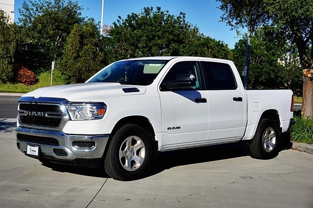 2019 Ram 1500 Crew Cab 4x2, Pickup #CX16762 - photo 9