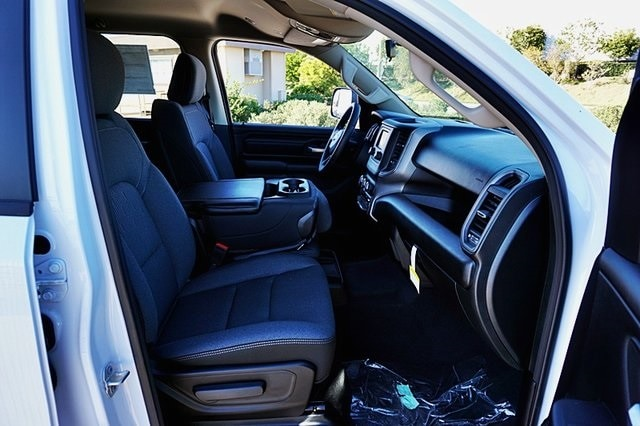2019 Ram 1500 Crew Cab 4x2, Pickup #CX16762 - photo 14