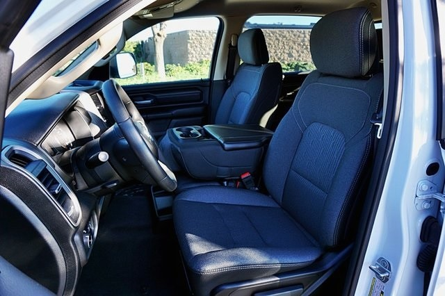 2019 Ram 1500 Crew Cab 4x2, Pickup #CX16762 - photo 16