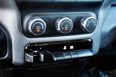 2019 Ram 1500 Crew Cab 4x2, Pickup #CX16762 - photo 28