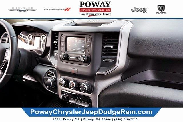 2019 Ram 1500 Crew Cab 4x2, Pickup #CX17051 - photo 12