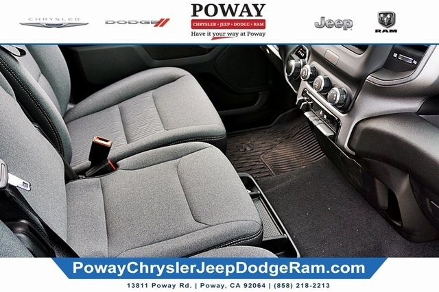 2019 Ram 1500 Crew Cab 4x2, Pickup #CX17051 - photo 13