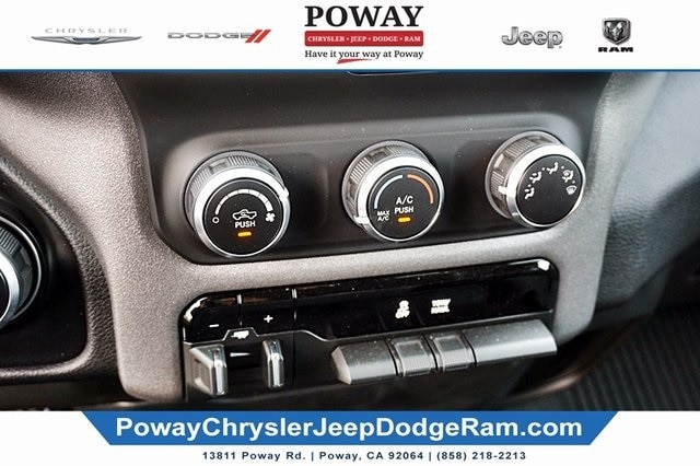 2019 Ram 1500 Crew Cab 4x2, Pickup #CX17051 - photo 30