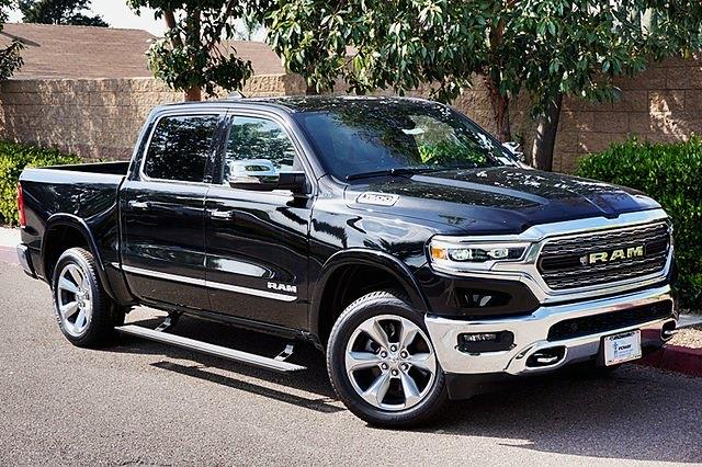 2020 Ram 1500 Crew Cab 4x2, Pickup #CX17455 - photo 3
