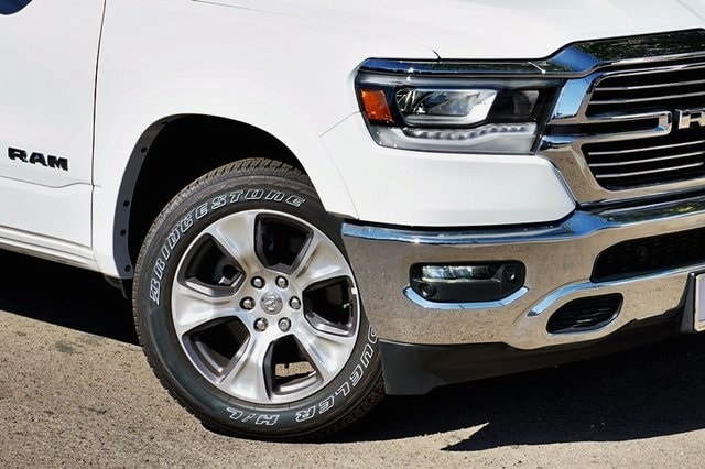 2020 Ram 1500 Crew Cab 4x2, Pickup #CX17617 - photo 4