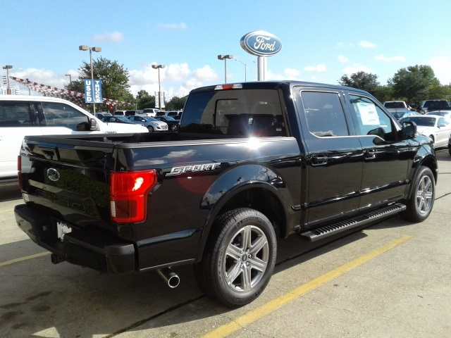 2018 F-150 SuperCrew Cab 4x2,  Pickup #F347 - photo 6
