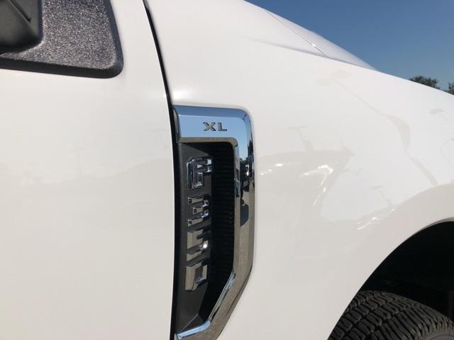 2019 F-350 Crew Cab DRW 4x4,  CM Truck Beds RD Model Platform Body #F406 - photo 24