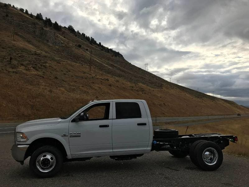 2018 Ram 3500 Crew Cab DRW 4x4,  Cab Chassis #N2329 - photo 5