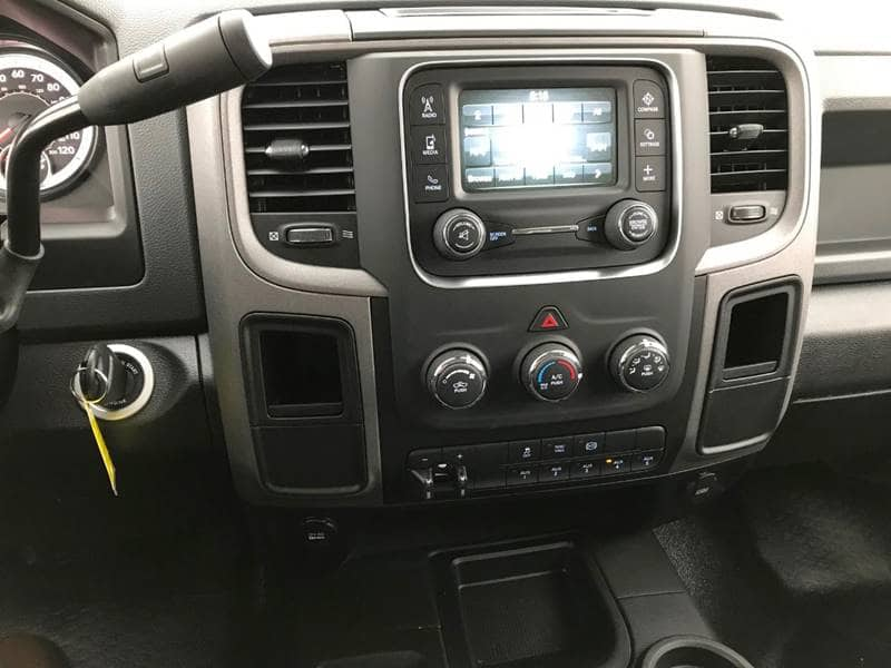 2018 Ram 3500 Crew Cab DRW 4x4,  Cab Chassis #NJ180 - photo 22