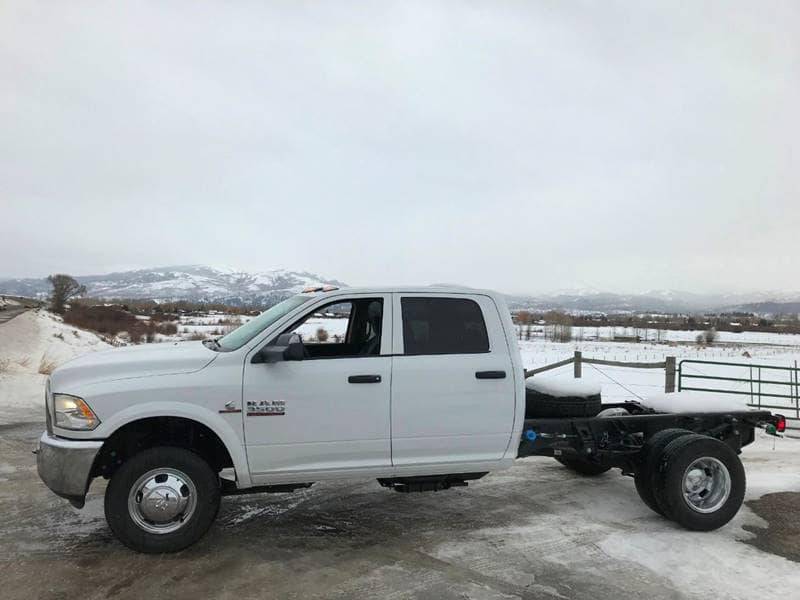 2018 Ram 3500 Crew Cab DRW 4x4,  Cab Chassis #NJ180 - photo 6