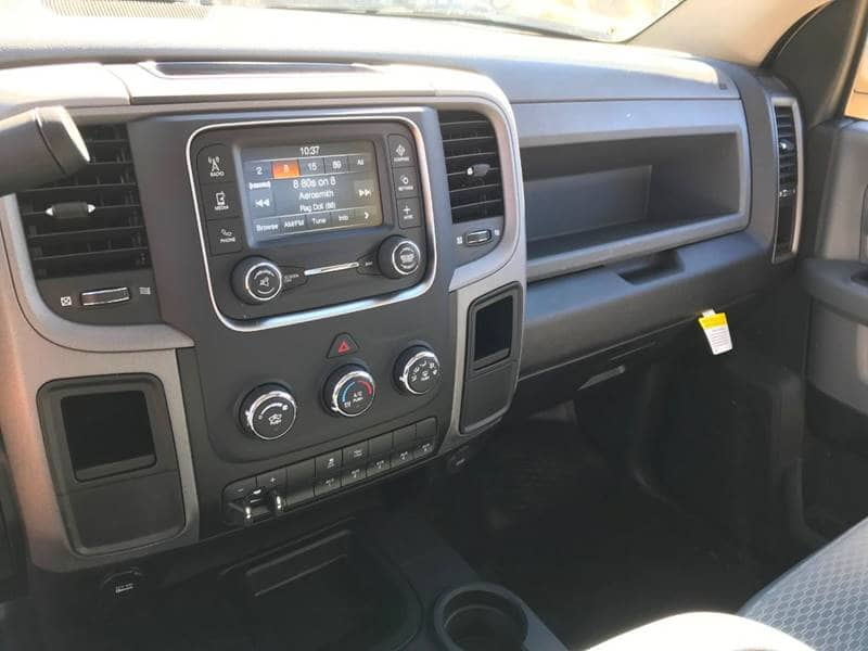 2018 Ram 3500 Regular Cab DRW 4x4,  Cab Chassis #NJ195 - photo 21
