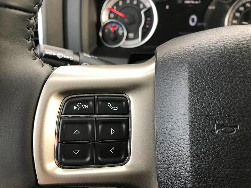2018 Ram 5500 Crew Cab DRW 4x4,  Platform Body #NJ251 - photo 25