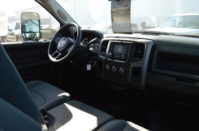 2018 Ram 3500 Crew Cab DRW 4x2,  Contractor Body #30224 - photo 4