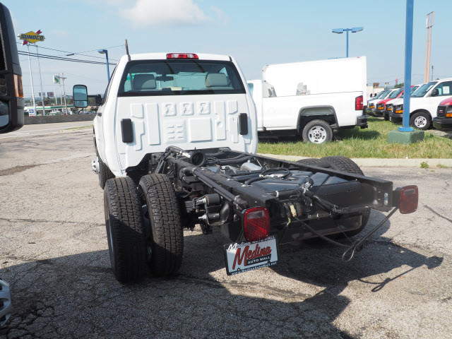 2017 Sierra 3500 Regular Cab 4x4,  Cab Chassis #G171350 - photo 2