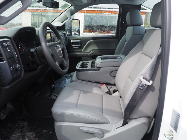 2018 Sierra 3500 Regular Cab 4x4,  Reading SL Service Body #G180744 - photo 4