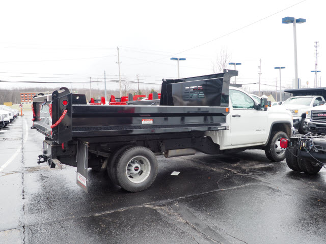 2018 Sierra 3500 Regular Cab 4x4,  Reading Dump Body #G180745 - photo 3