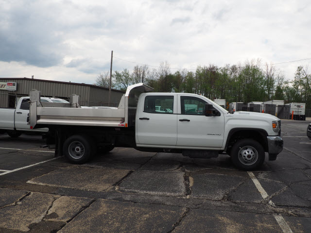 2018 Sierra 3500 Crew Cab 4x4,  Monroe Dump Body #G181356 - photo 3