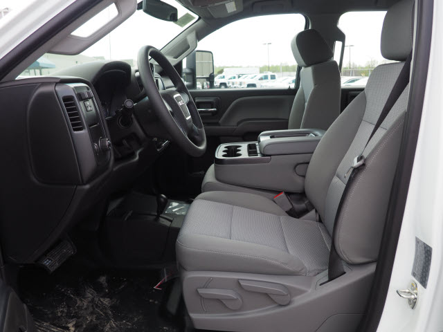 2018 Sierra 3500 Crew Cab 4x4,  Cab Chassis #G181503 - photo 6