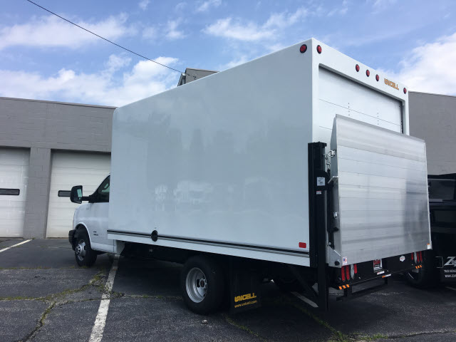 2018 Savana 4500 4x2,  Unicell Cutaway Van #G181579 - photo 2
