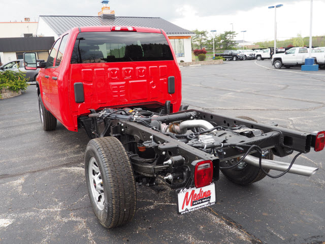 2018 Sierra 3500 Extended Cab 4x4,  Cab Chassis #G181594 - photo 2
