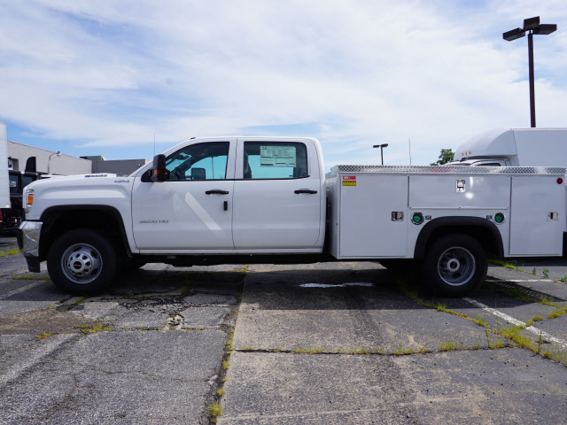 2018 Sierra 3500 Crew Cab 4x4,  Monroe Service Body #G181595 - photo 3