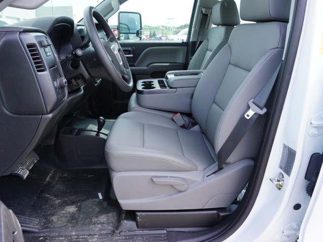 2018 Sierra 3500 Crew Cab 4x4,  Monroe Service Body #G181595 - photo 4