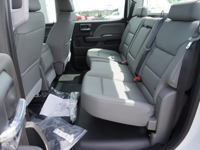 2018 Sierra 3500 Crew Cab 4x4,  Monroe Service Body #G181595 - photo 5