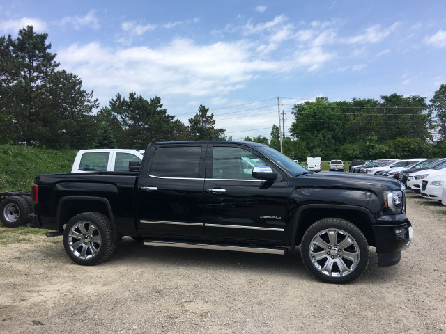 2018 Sierra 1500 Crew Cab 4x4,  Pickup #G181732 - photo 3