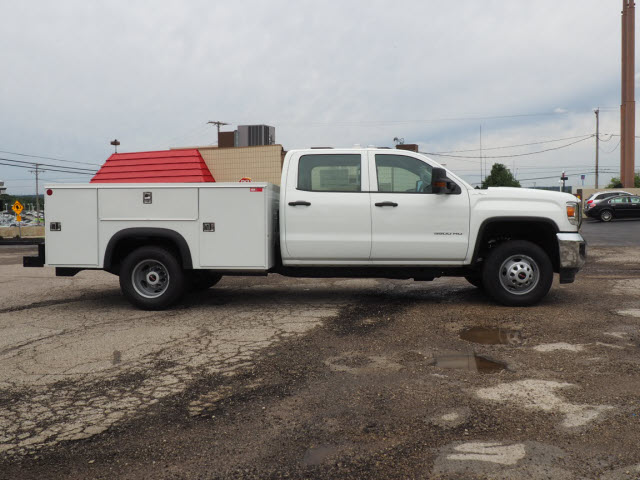 2018 Sierra 3500 Crew Cab 4x4,  Monroe Service Body #G181978 - photo 3