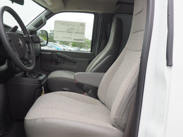 2018 Savana 2500 4x2,  Empty Cargo Van #G182147 - photo 5